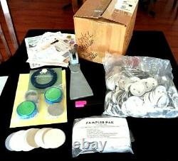 Badge-a-minit Button Maker & Suppies, Press, Disc Cutter, 230 Buttons & More